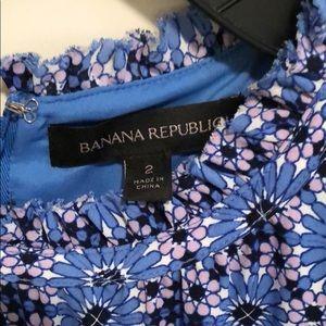 Banana Republic Dresses - Beautiful blue and purple Banana Republic dress